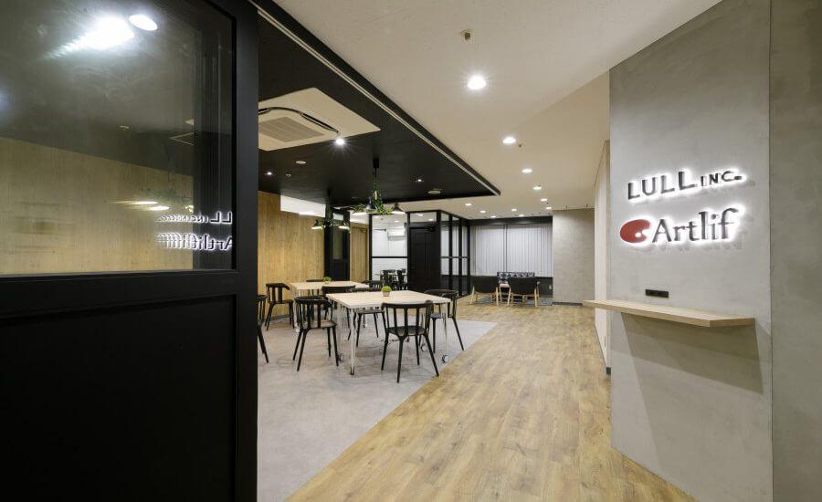 オフィスデザイン事例|株式会社トリニアス
