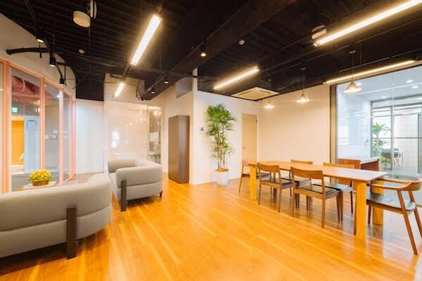 オフィスデザイン事例|株式会社ベアーズ10