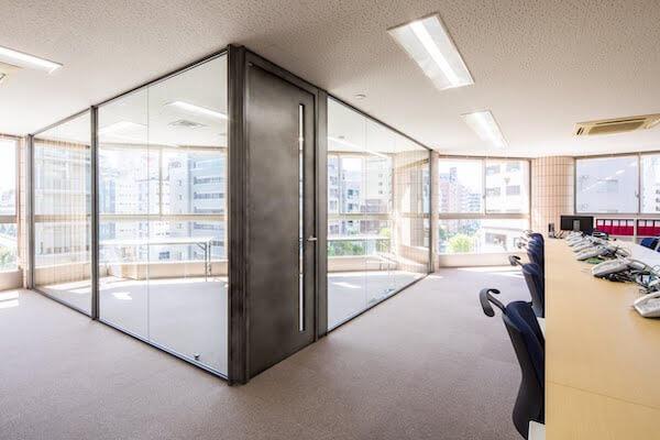 オフィスデザイン事例|株式会社ベアーズ22