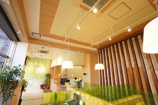 オフィスデザイン事例|ピタットハウス東大島店3
