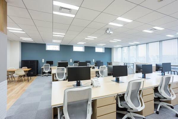 オフィスデザイン事例|株式会社ノハナ8