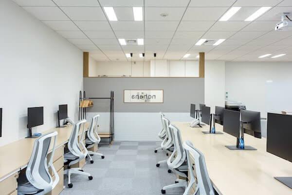 オフィスデザイン事例|株式会社ノハナ6