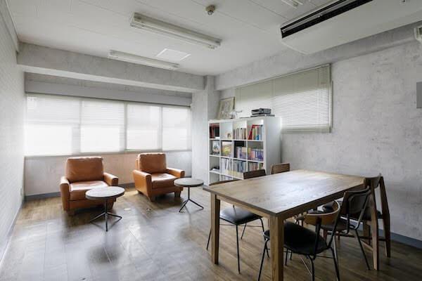 オフィスデザイン事例|合同会社ファニプロ3