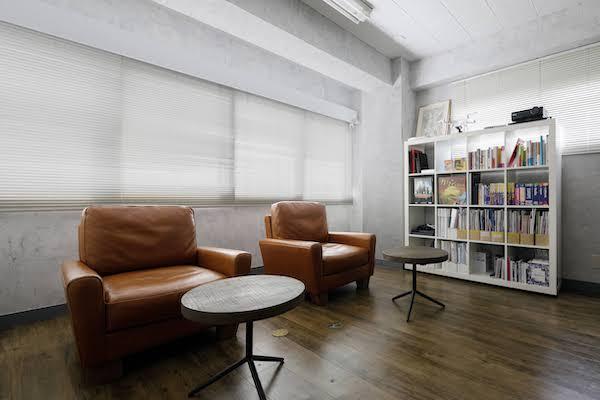 オフィスデザイン事例|合同会社ファニプロ4