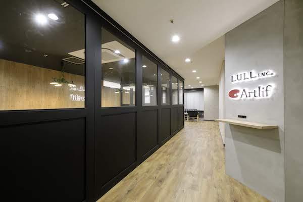 オフィスデザイン事例|株式会社トリニアス 3