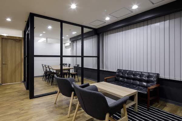 オフィスデザイン事例|株式会社トリニアス 8