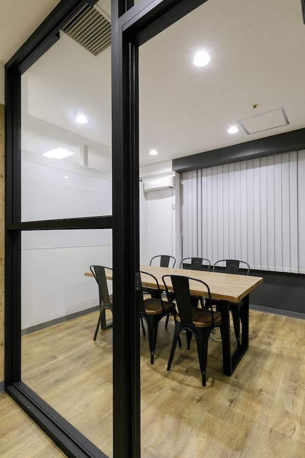 オフィスデザイン事例|株式会社トリニアス 9