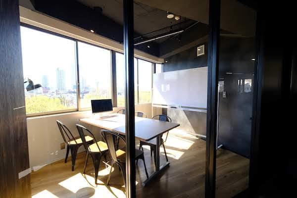 オフィスデザイン事例|株式会社 H216