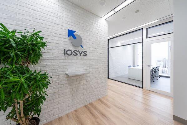 オフィスデザイン事例|株式会社イオシス 2