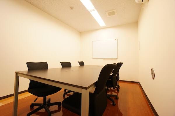 オフィスデザイン事例|税理士法人 弓家田富山事務所3