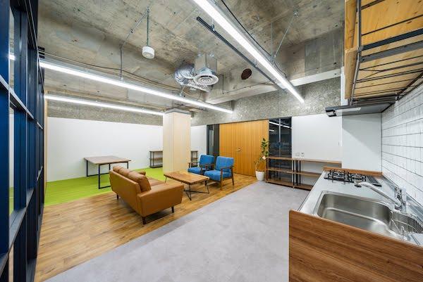 オフィスデザイン事例|リスクキャリア株式会社 _3