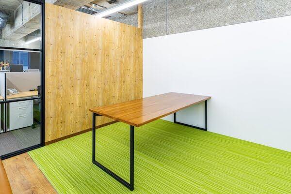 オフィスデザイン事例|リスクキャリア株式会社 _6