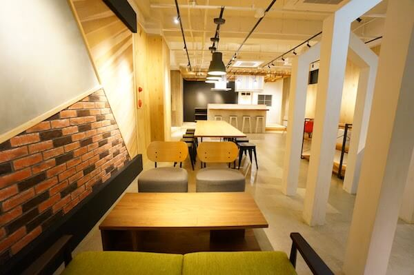 オフィスデザイン事例|リノベ不動産 CROS4