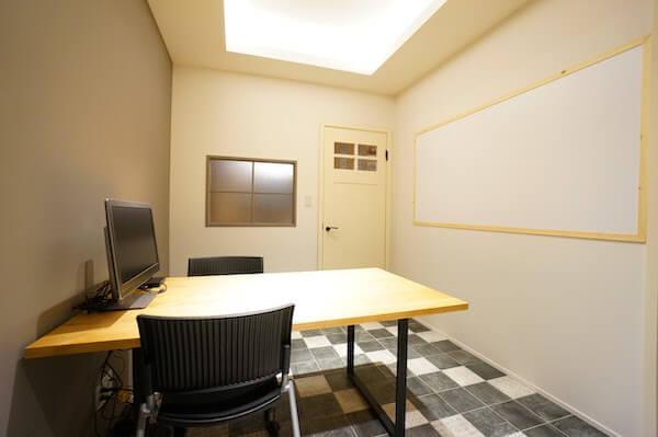 オフィスデザイン事例|リノベ不動産 CROS10