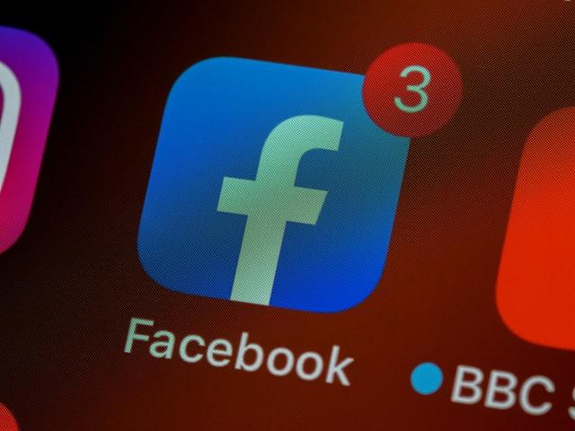 フェイスブック(Facebook, Inc.)
