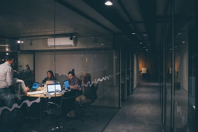 都内大手企業のオフィスデザイン事例(1)