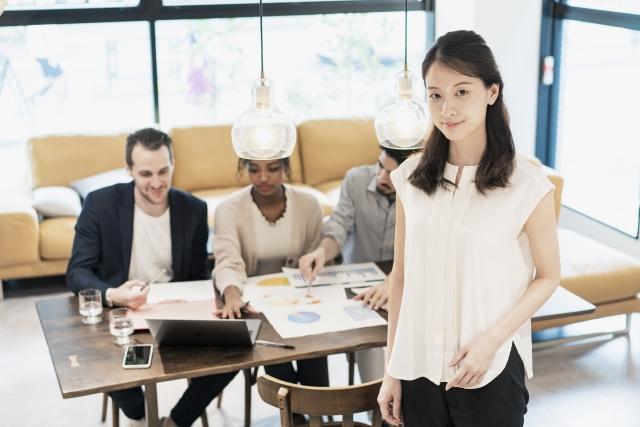 フリーアドレス型に合わせたオフィス環境の作り方