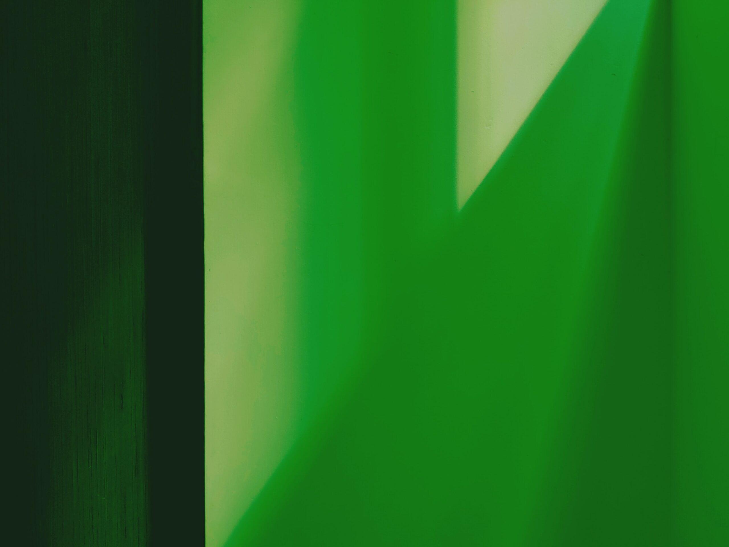 休憩スペース用の照明の選び方②色光がグリーンの場