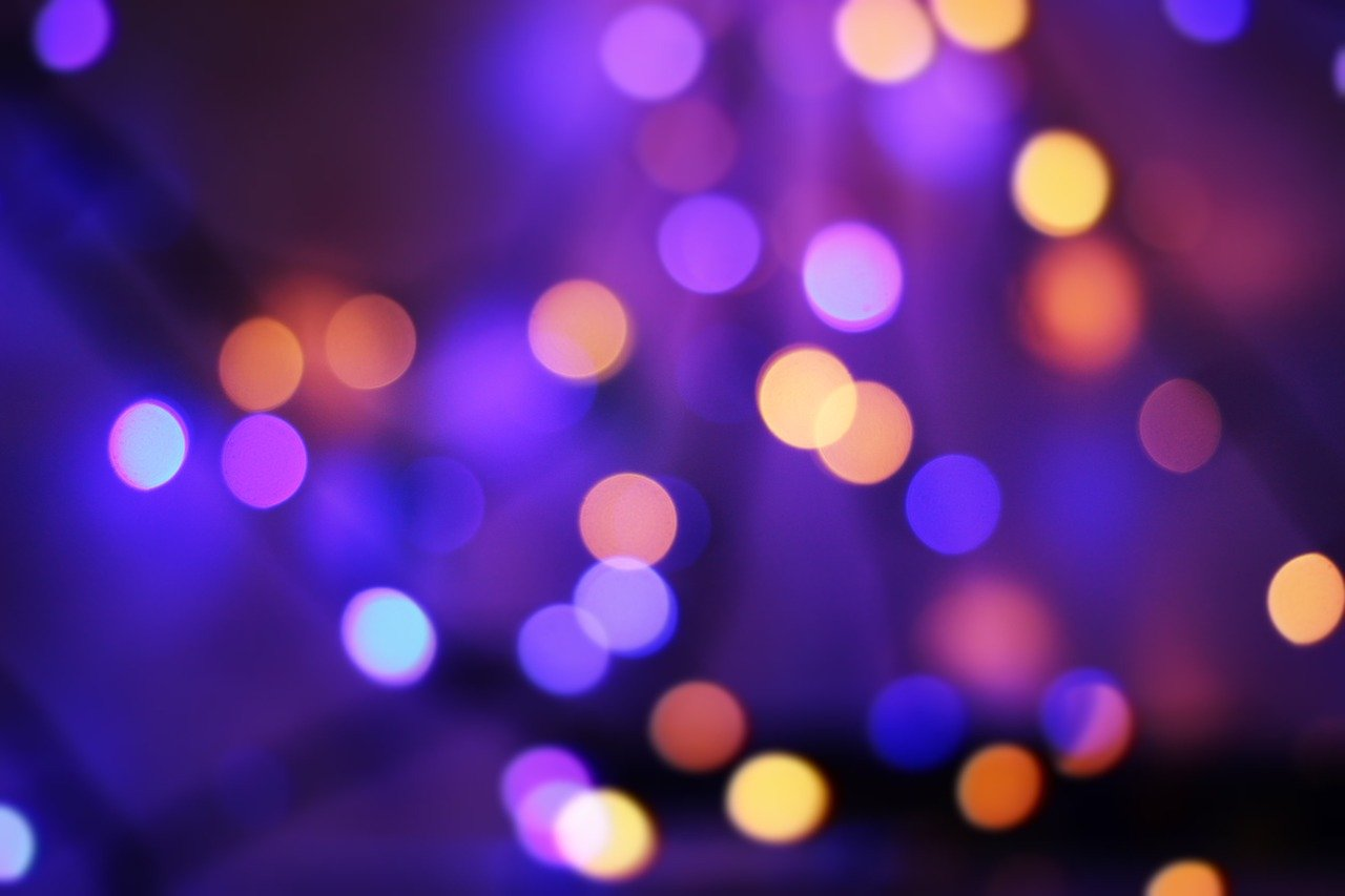 休憩スペース用の照明の選び方④色光がバイオレットの場合