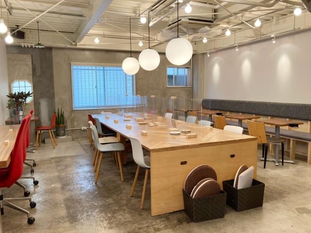 小規模オフィスでできる工夫②壁や床の色で広く見せる工夫