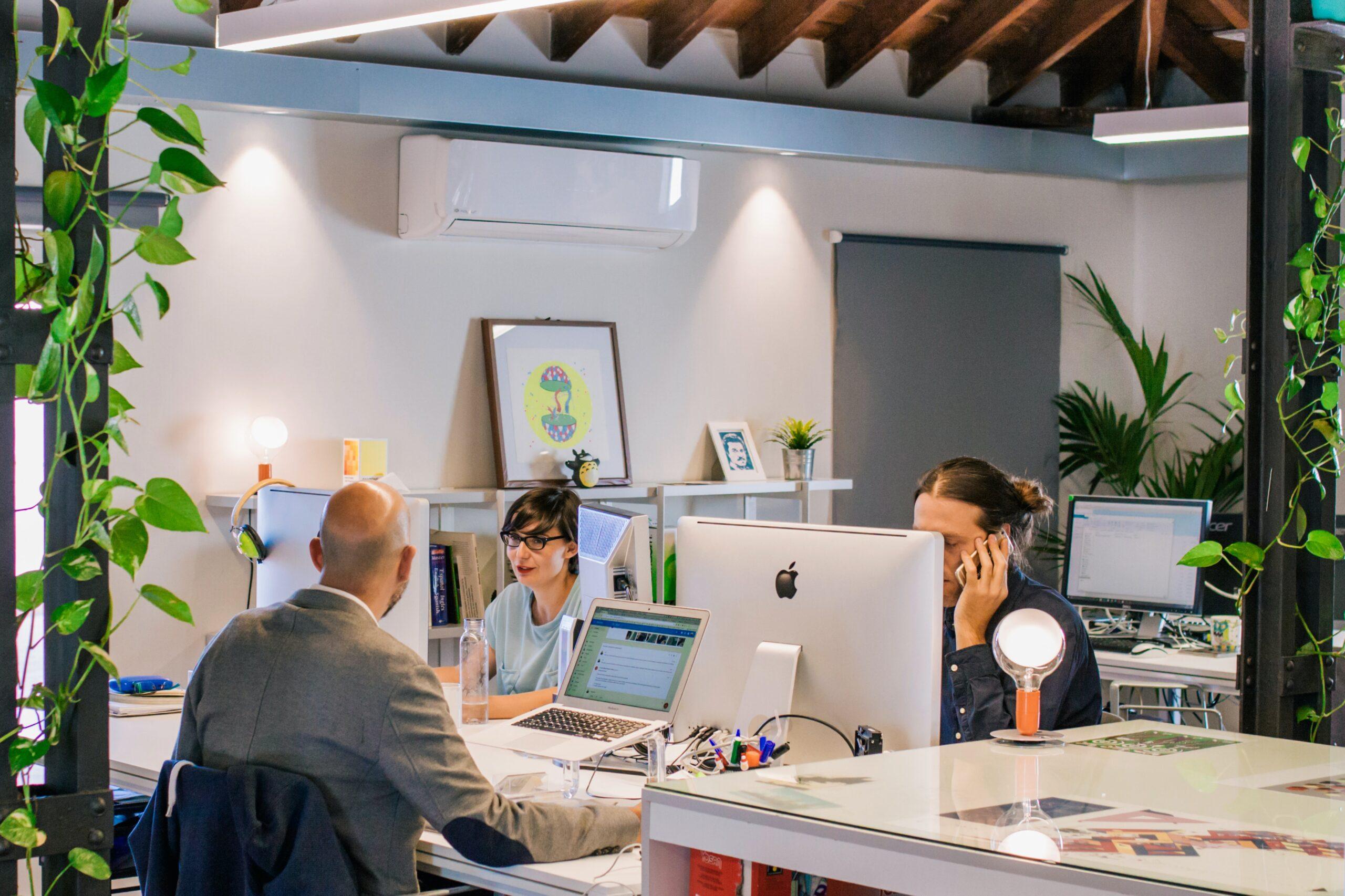 まとめ:オフィス家具を選ぶときは一貫性と機能性を重視しよう