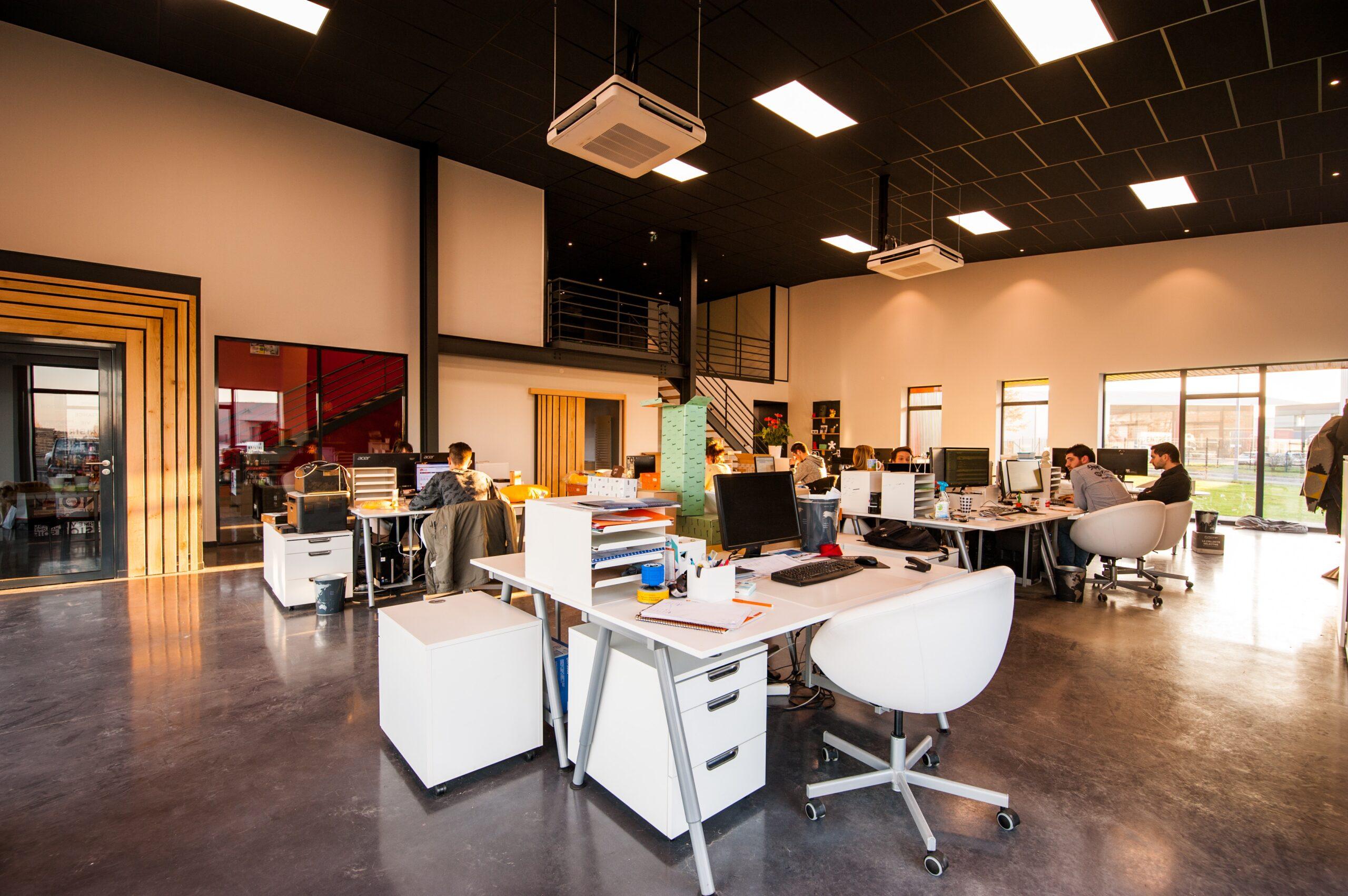 オフィスデザインは企業としての印象をプラスに変える効果もある