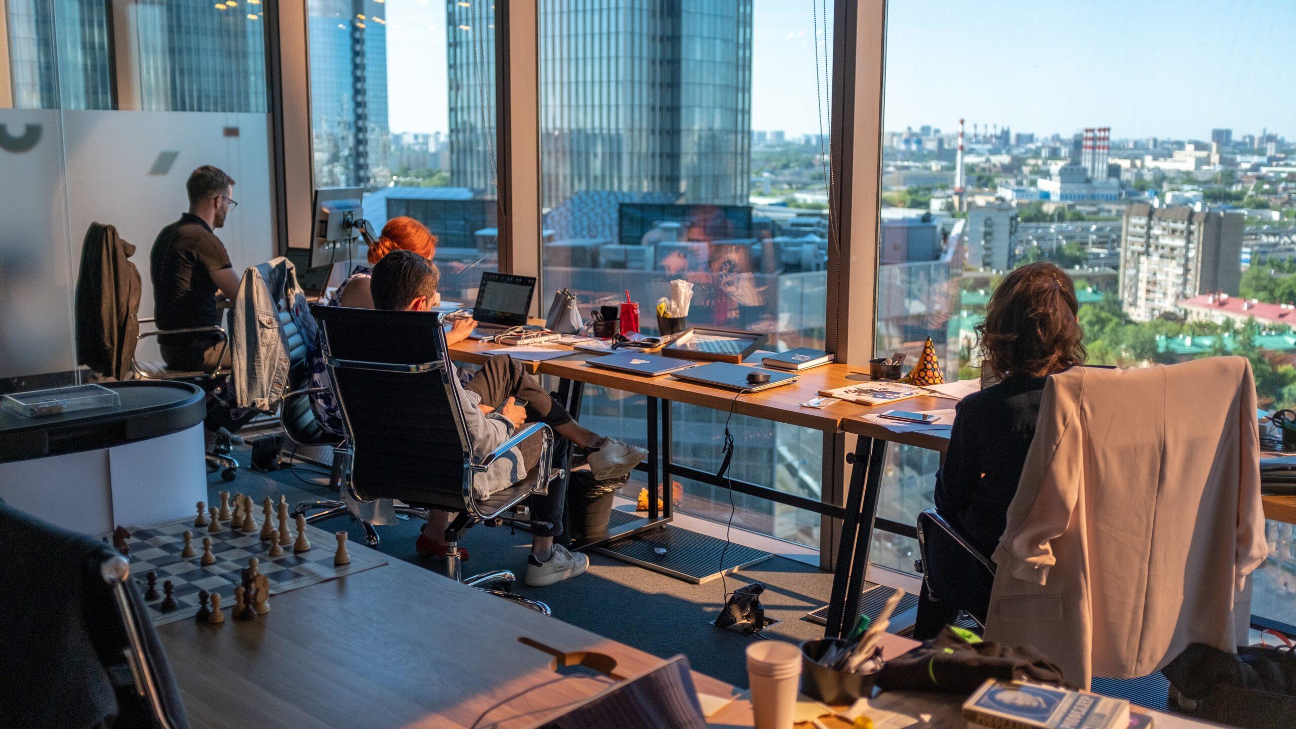オフィス環境の改善で得られるメリットは非常に大きい