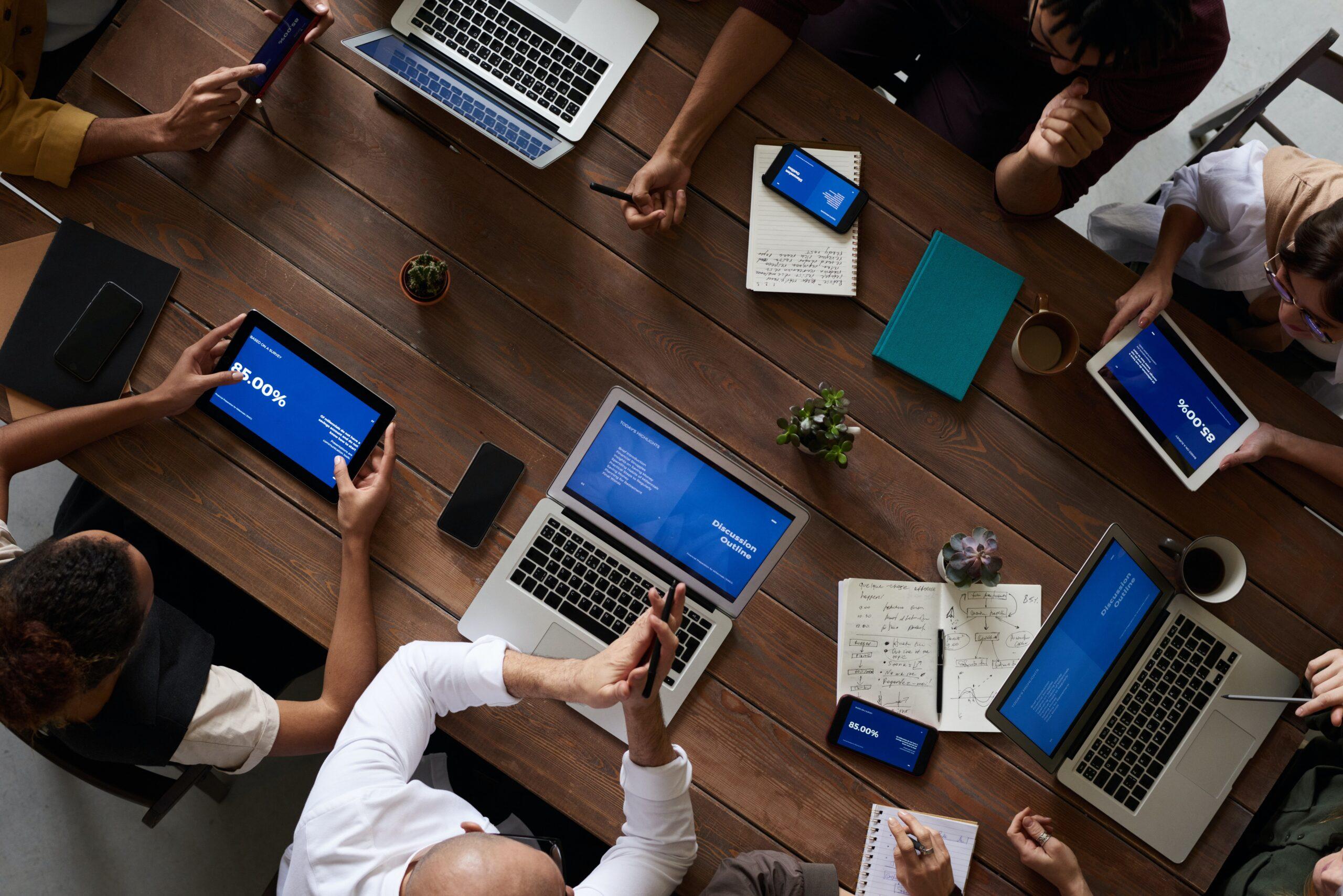 理想的なオフィスの特徴②:交流のためのフリースペースを作る